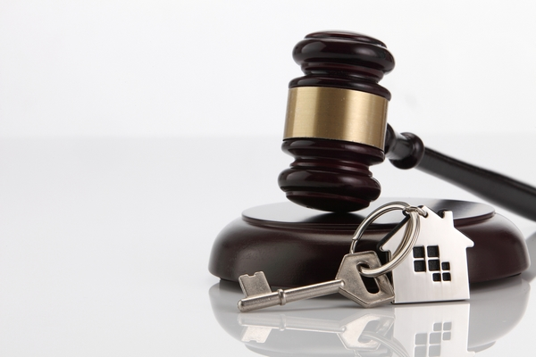 How the Services of an Estate Lawyer Can Protect Your Loved Ones